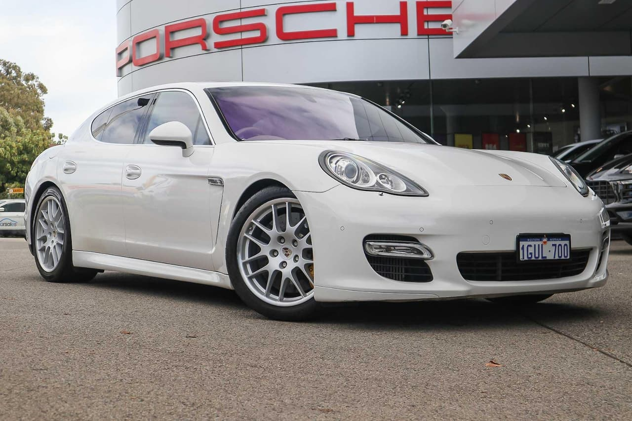 2009 Porsche Panamera Turbo PDK AWD Sedan